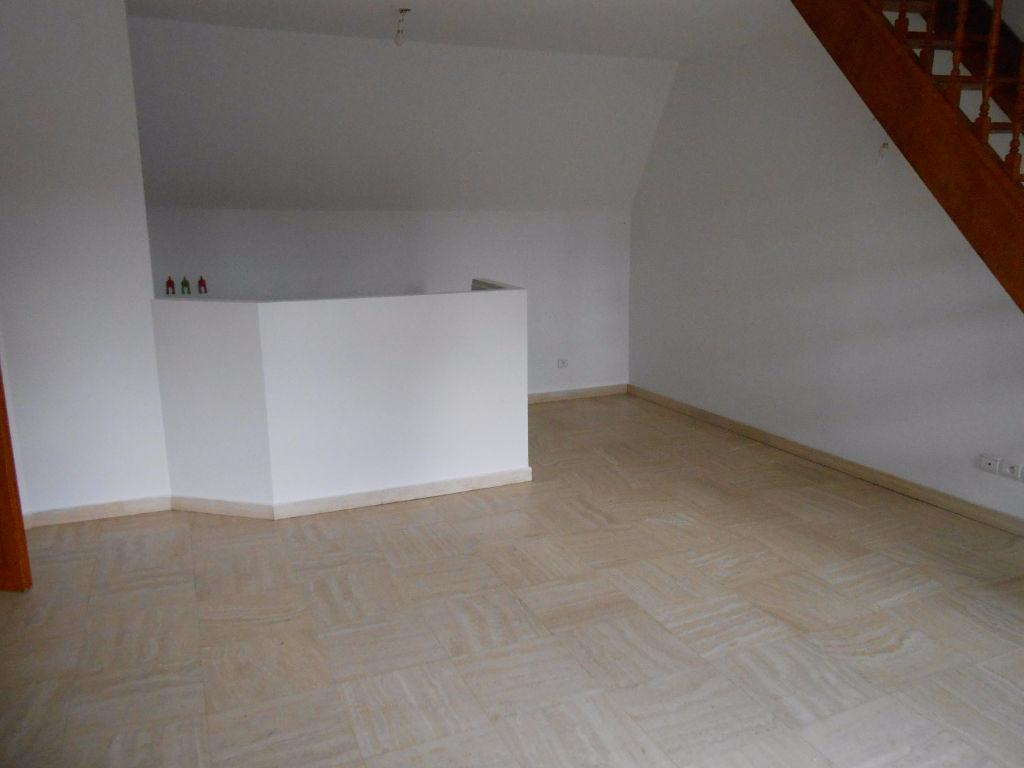 Appartement Type 3 Au 2ème Etage Douai Centre Ville